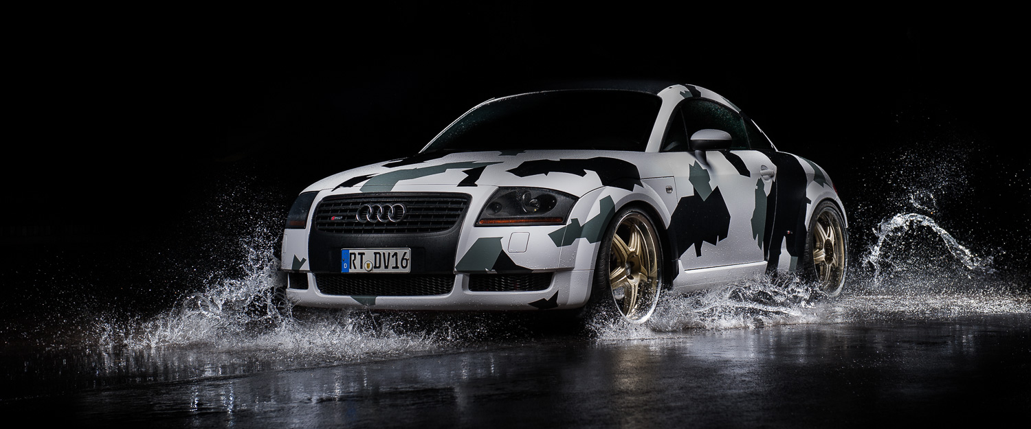Water Splash - Audi TT Camouflage