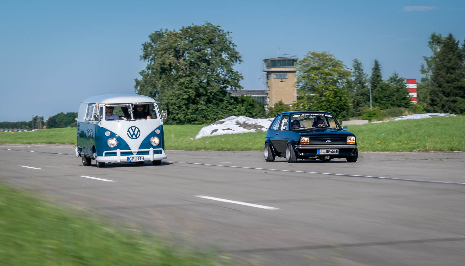 VW Bus T1 und Ford Fiesta MK1 Oldtimer Shooting in Leipheim